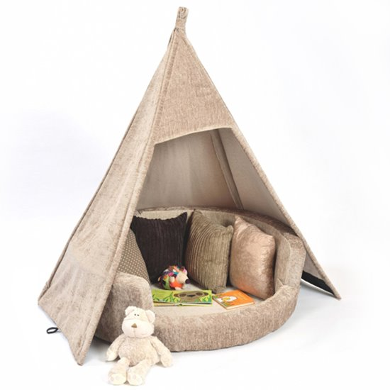Snuggly Dens and Teepees